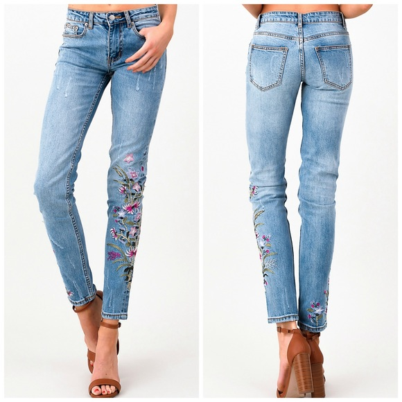 Jella Couture Denim - NEW! Vintage Washed Distressed Embroidered Jeans